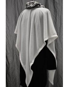 Kolmio-Poncho valkoinen
