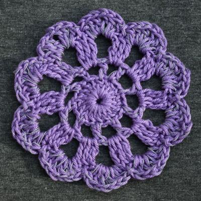 Pitsikukkapipo Meleerattu harmaa-violetti